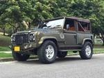 Land Rover Defender 90 MT 3900CC 3P LONA