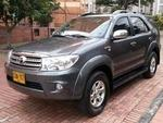Toyota Fortuner URBANA AT 2700CC AA AB ABS