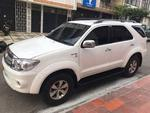 Toyota Fortuner 2WD AT 4000CC